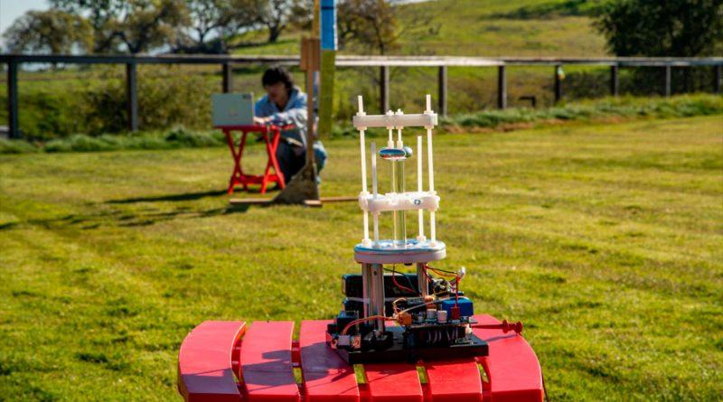 Una antena VLF de diez centímetros plantea una solución a las emisiones de radio subterráneas
