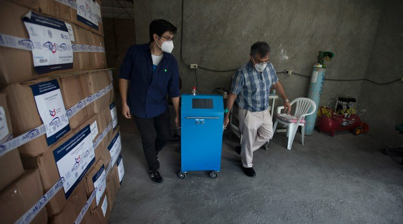 Respirador diseñado en México para casos Covid-19 ya opera en hospitales del país