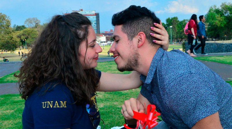 Experto de la UNAM asegura que estar enamorado aumenta resistencia contra el Covid