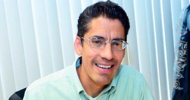 El papel de las computadoras es fundamental en las pandemias porque reducen tiempo y costo: Luis Medina Franco