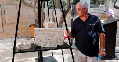 Hallan suntuosos capiteles de monumento milenario de la antigua Jerusalén