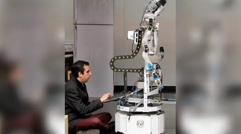 Investigador mexicano crea robots que identifican personas por sus rasgos físicos