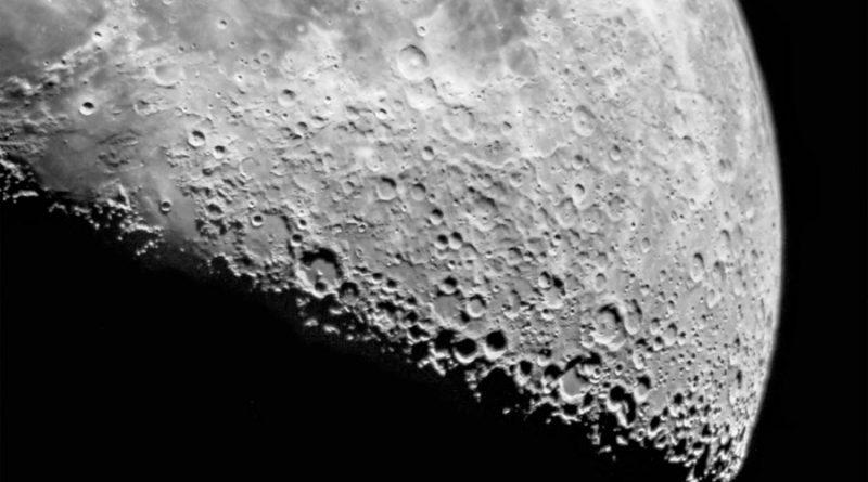 La NASA ofrece 300 dólares por cada gramo de roca lunar que traigan las empresas privadas