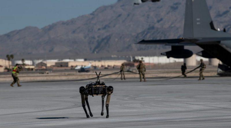 Los perros robot que cuidan instalaciones militares