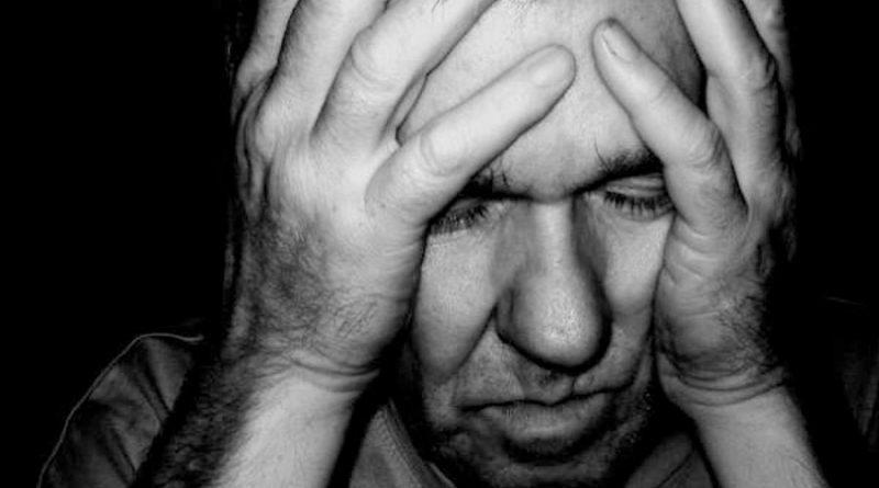 Esta es la edad en la que nos sentimos peor con nuestra vida, según la ciencia