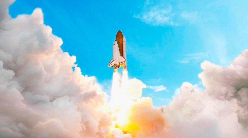 Cuánto combustible gasta un cohete en un despegue al espacio