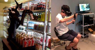 Este robot reponedor está controlado de forma remota por una persona, usando realidad virtual
