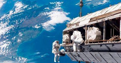 Cosmonautas efectuarán el 18 de noviembre una caminata espacial de seis horas