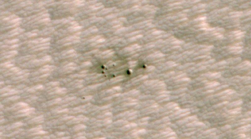 Inteligencia Artificial ayuda a descubrir cráteres recientes en Marte