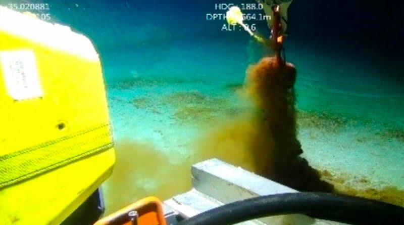 Hay 14 millones de toneladas de microplásticos en las profundidades del mar