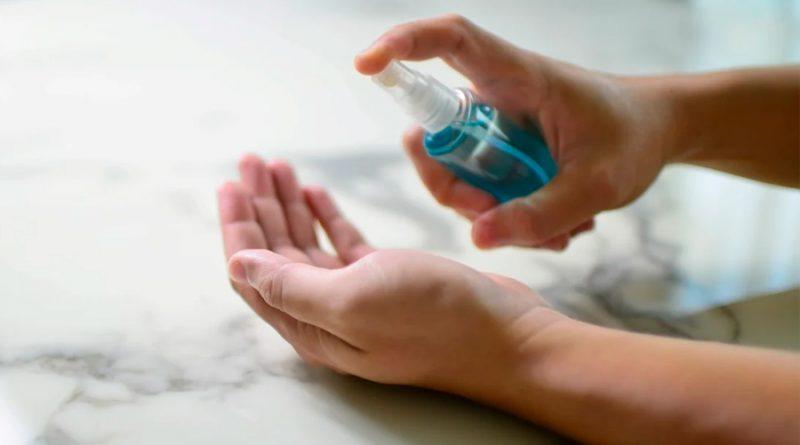 Un estudio asegura que el coronavirus sobrevive en la piel cinco veces más que la gripe
