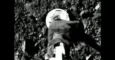 Así recogió muestras la nave OSIRIS-REx en el asteroide Bennu