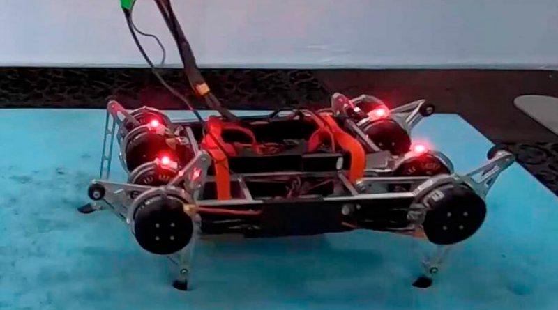 Google logra que un robot aprenda a andar sin ninguna ayuda externa