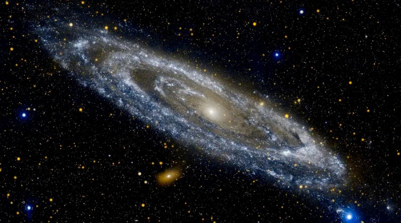 Astrónomos descubren cómo se mueve el agujero negro de la Vía Láctea