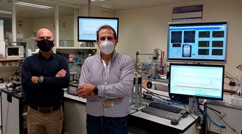 Nuevo método para producir hidrógeno con agua y microondas