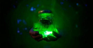 Memoria cuántica: un experimento científico logró atrapar y transportar partículas de luz