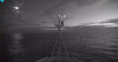 Un barco científico filma por sorpresa la destrucción de un meteorito