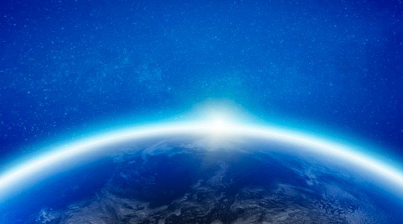 Descubren que miniluna permaneció por años atrapada a 13 mil kilómetros de la Tierra