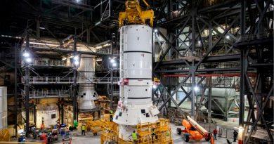La NASA comienza a integrar el cohete más potente jamás construido