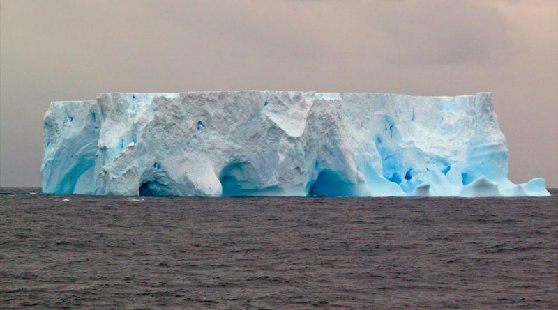 Los polos están conectados: cuando el hemisferio norte pierde hielo, el de la Antártida se encoge