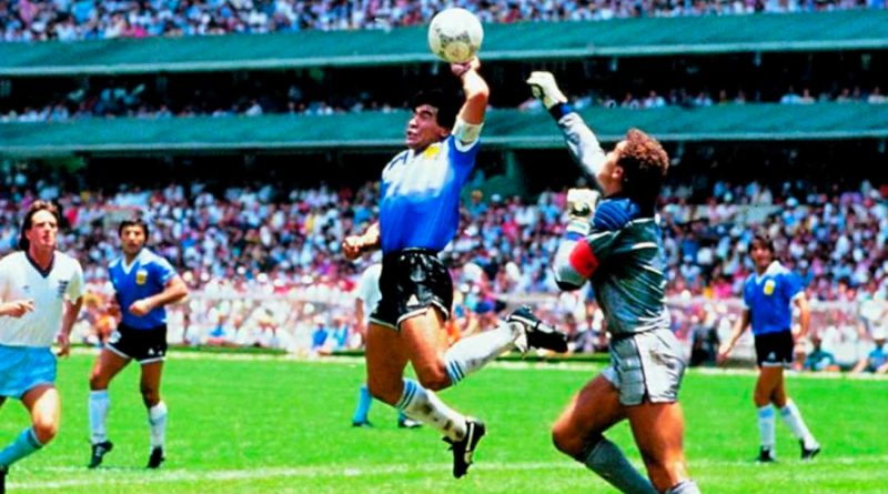 """Experto de la UNAM explica la física que hay detrás de """"la mano de Dios"""" de Maradona"""