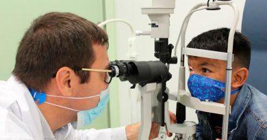 Un niño supera un cáncer de retina gracias a un virus que ataca células tumorales