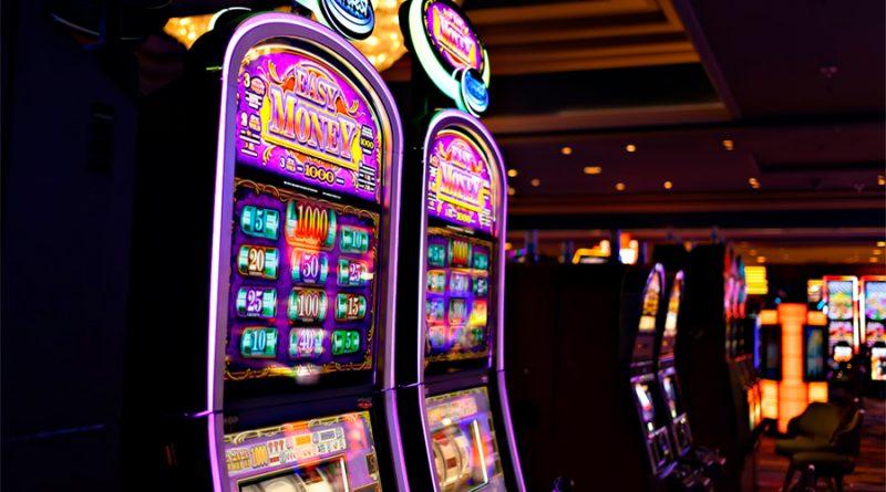 ¿Cómo funcionan las tragamonedas de los casinos en línea?