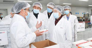 China prevé tener listas 600 millones de unidades de sus vacunas contra covid-19 antes de fin de mes