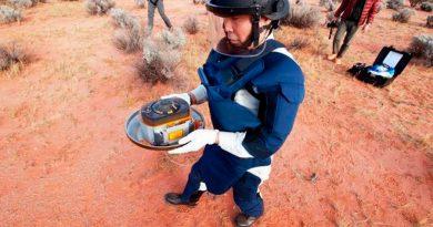 Aterriza en Australia la cápsula espacial japonesa con muestras históricas de un asteroide