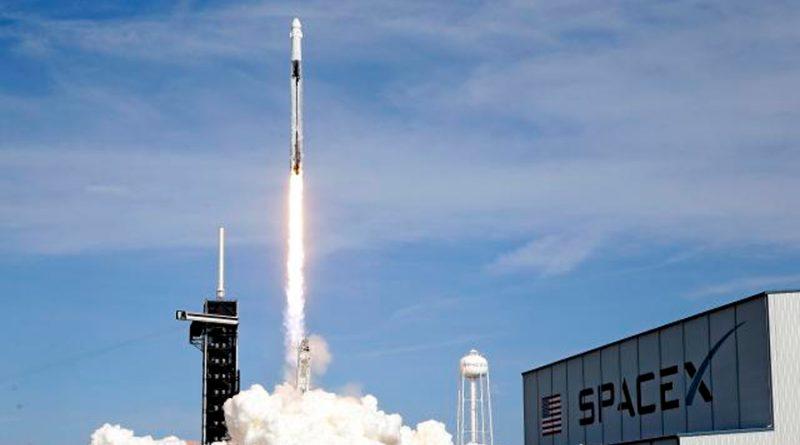 SpaceX manda festín navideño a la Estación Espacial