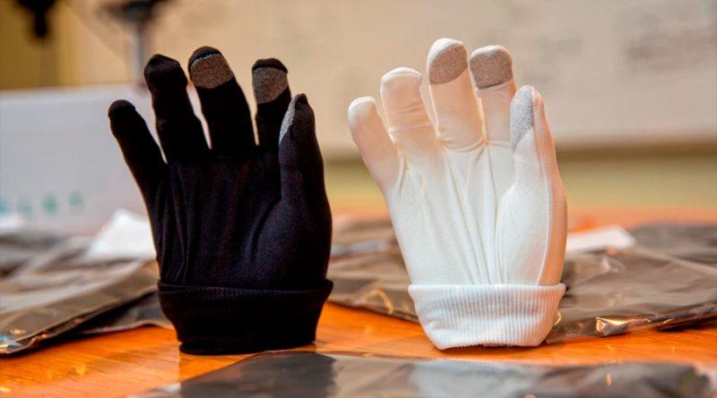 Crean un guante capaz de eliminar el 100% de restos de covid-19 de una superficie