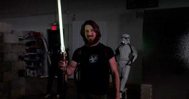 Este sable de luz Jedi es el más real hasta la fecha: puede cortar el acero