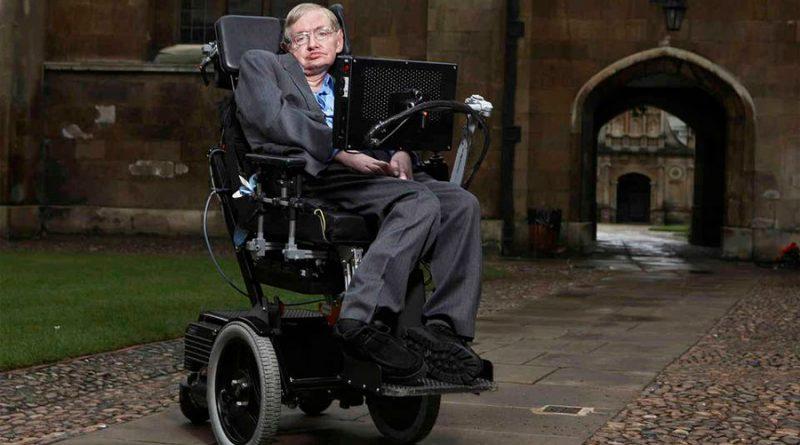 En 2001 Stephen Hawking aseguró que un virus podría destruir a la raza humana