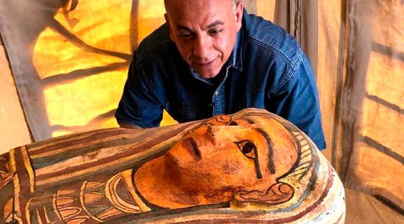 """Egipto: Desvelan """"tesoros"""" y 50 sarcófagos de hace 3 000 años del sitio arqueológico de Saqqara"""