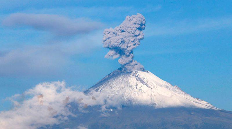 Las últimas explosiones en el volcán Popocatepetl sin riesgo para la población: especialistas