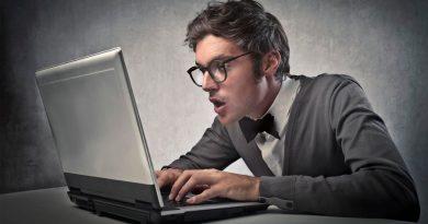 Esta universidad utiliza un profesor fallecido para impartir clases online, y el fenómeno se hace viral
