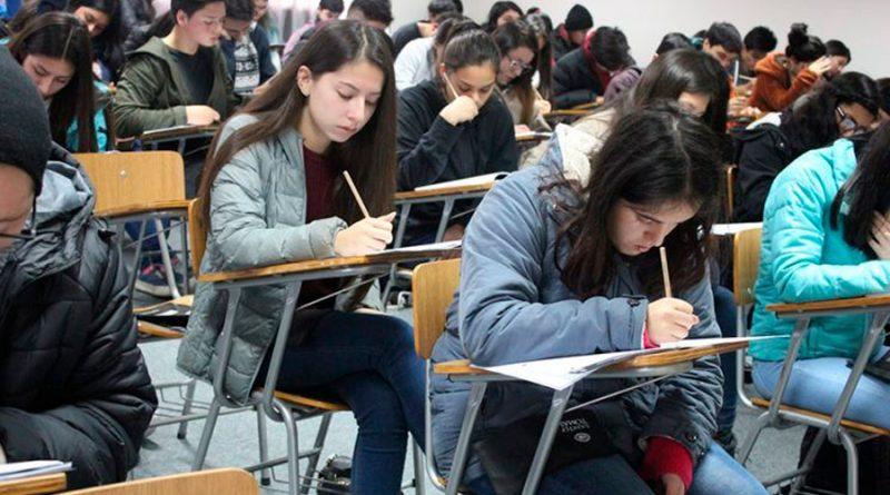 La educación superior ha demostrado ser el factor más importante de desarrollo científico, tecnológico y cultural, coinciden académicos
