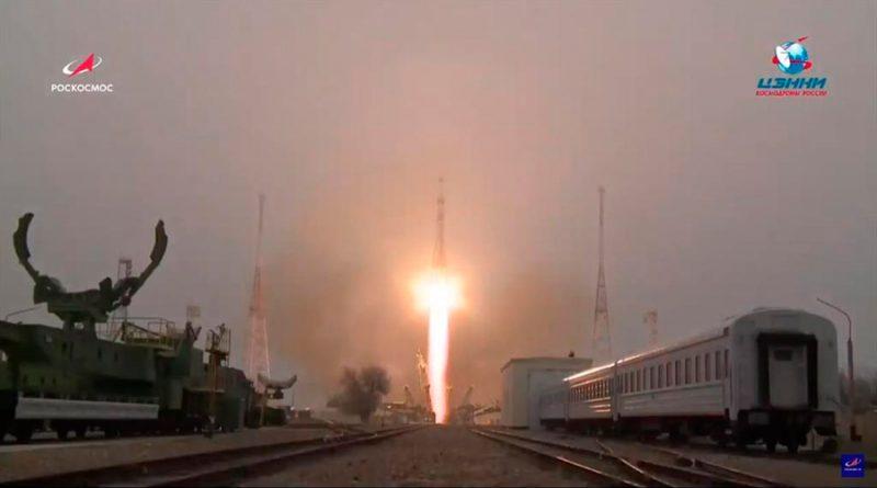 Agua, combustible y... reparador de fugas rumbo a la Estación Espacial