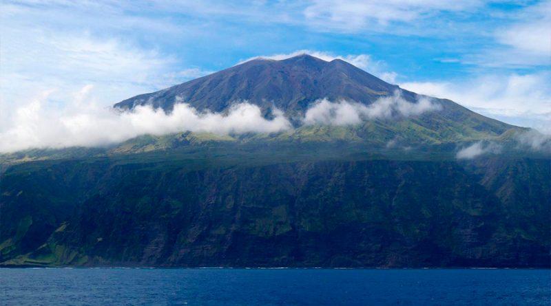 Así se conecta a Internet la isla más remota del mundo, en donde cobraban 9 euros por cada email enviado