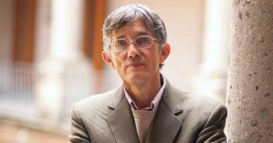 El azar y la necesidad, reflejo de una persona que habla de la complejidad del secreto de la vida: Antonio Lazcano