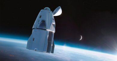 La Crew Dragon de SpaceX tendrá una cúpula de cristal para que los turistas observen el espacio
