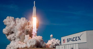 La misión a la Luna de SpaceX busca 8 turistas: cualquiera puede inscribirse