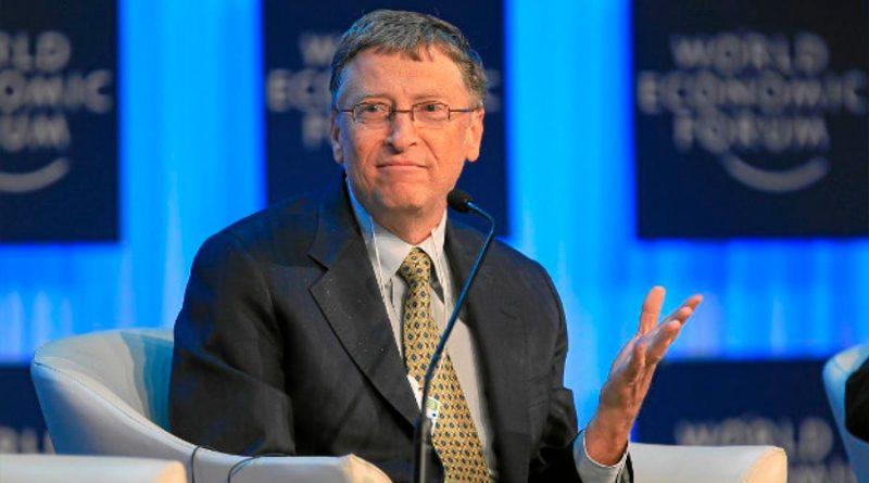 Bill Gates pronostica cuándo volveremos a poder viajar libremente por todo el mundo