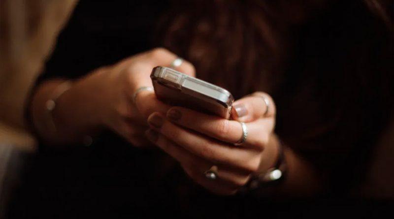 Ante sentimientos de soledad por pandemia, personas optan por la tecnología para establecer conexiones