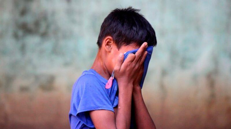 El maltrato infantil reduce el cerebro de los niños