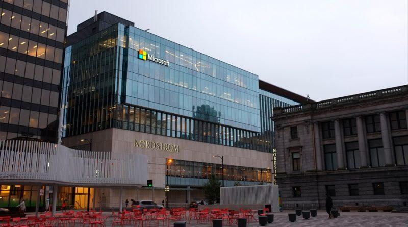 Microsoft alerta de que el ciberataque a Exchange es cada vez mayor