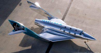 Virgin Galactic presenta su primer avión espacial SpaceShip III