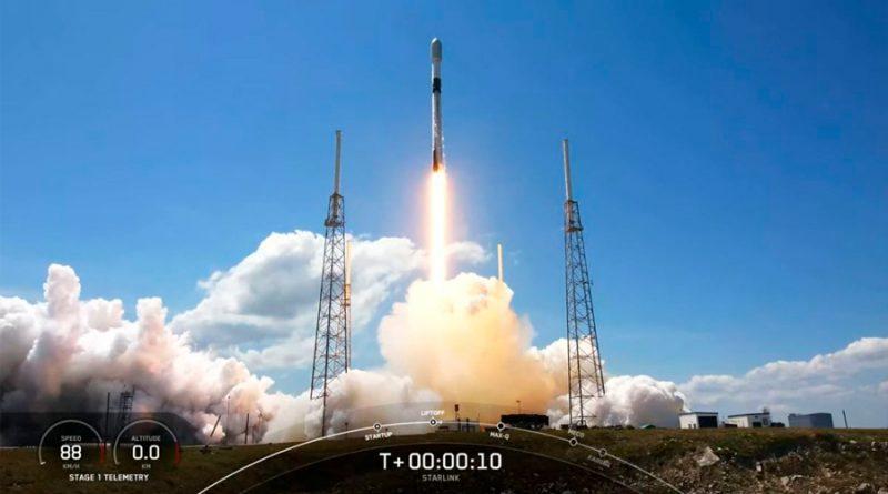El cohete SpaceX Falcon 9 lanza exitosamente otros 60 satélites Starlink al espacio