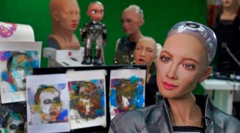 La robot Sophia vende pieza de arte creada por ella en 688 mil 888 dólares