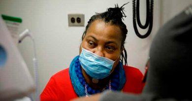Médicos realizan trasplante de tráquea, el primero en EU